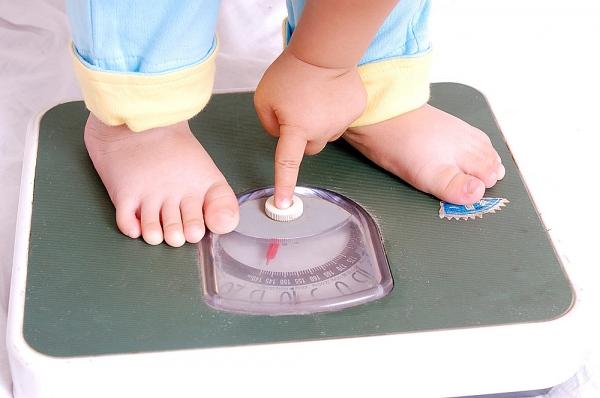 Sữa tăng cân cho bé 8 tháng tuổi