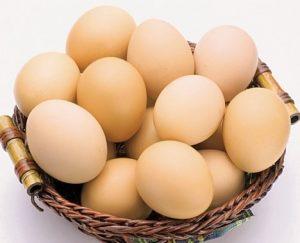 Trứng gà thực phẩm giàu protein