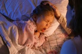 Trẻ ho nhiều về đêm và sáng sớm