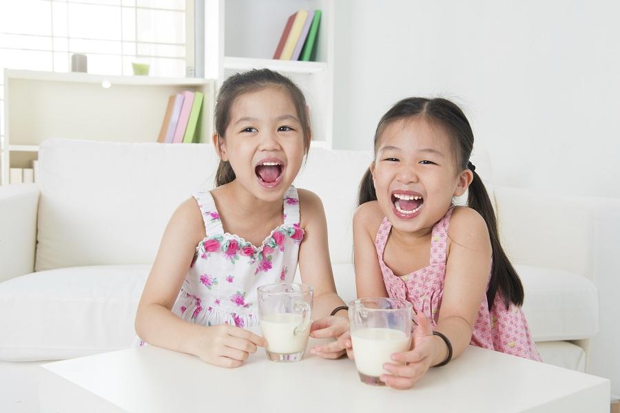 1 ly sữa mỗi ngày cho trẻ trên 6 tuổi