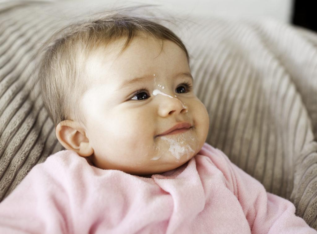 Sữa Similac Isomil hạn chế nôn trớ ở trẻ nhỏ
