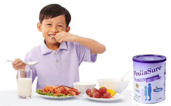 Sữa Pediasure Úc giúp trẻ ăn ngon miệng