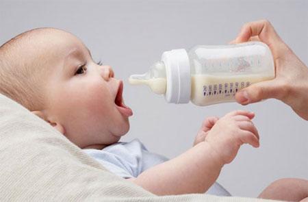 Sữa Similac Alimentum cho trẻ dị ứng